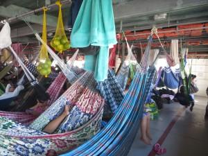 Haengematten auf den Amazonasschiffen