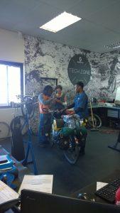 Im Fahrradladen in Windhoek