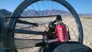 Cola, eisgekühlt, draußen im Irgendwo